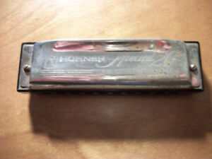 4 Harmonicas sold as a Bundle ( 2 of them are Hohner )