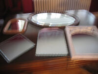 Assorted vintage mirrors