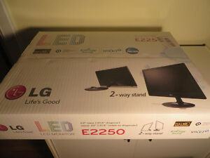 "LG 22"" full HD LED mega contrast thin flat screen monitor"