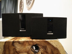 3 Bose Soundtouch + Bose Home Theater 130
