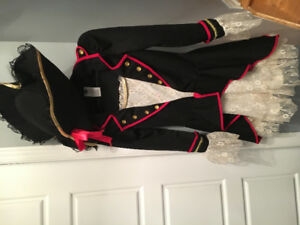 Costume pirate 10-12 ans fille