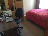2 double bed rooms in Leyton area one have King size bed and another have a double bed.