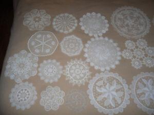 lace and linen doilies - Brandenburg lace - linen hand towels