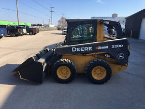 2013 SKID STEER LOADERS Model: 320DXT