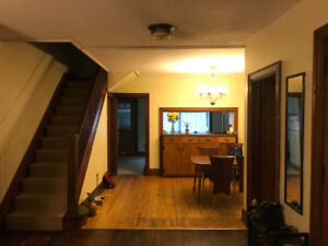 4 Bedroom Furnished House - Winter Sublet in Cabbagetown