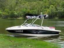 Sea Ray 195 Sport Bowrider, 4.3ltr (V6) 220hp MPI Mercruiser. Helensvale Gold Coast North Preview