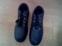 Men's Safety Boots Size 11- Steel Toe Cap & Oil, Acid and Slip Resistant - New