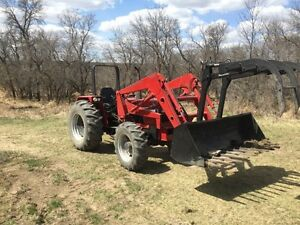 Case IH 885 Tractor