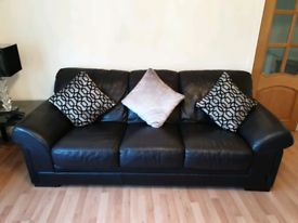 Brown Leather suite 3 & 2 from Reids