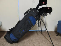 MENS GOLF CLUBS & WILSON GOLF BAG