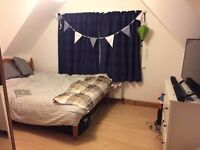 Double bed for rent near Southampton General Hospital