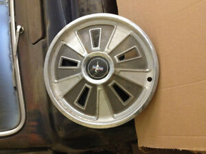 Mustang wheel covers