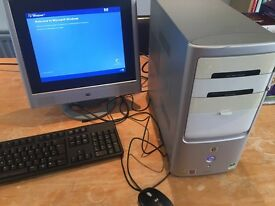 HP desktop PC, with monitor, mouse & keyboard