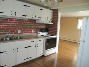 WESTSIDE-Clean  Bright 2 BdRm -Heat Included - Avail Nov 1st