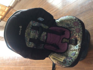 Rear or front facing car seat. $40 with delivery