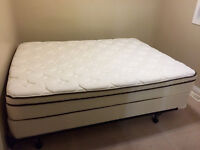 Queen Bed Set - Mattress and Box Spring near new!