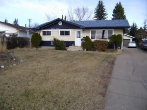 CLOSE TO SHOPPING IN SHERWOOD PARK