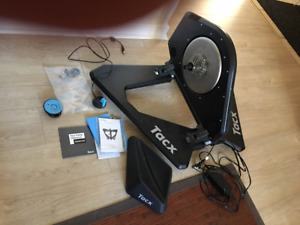 Base d'entrainement Trainer Tacx NEO Smart comme neuf!