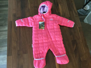 Brand new with tags North Face baby girl snowsuit (6 months)