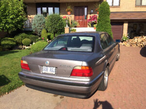 For Sale/ A Vendre 1998 BMW 7-Series Sedan
