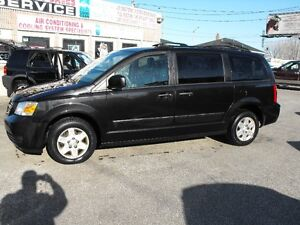 2009 CARAVAN SE  7 PASSENGER  LOADED  129 KMS  COME SEE TODAY !!