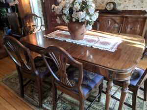 Beautiful Mahogany Antique Dinning Table and Needlepoint Chairs