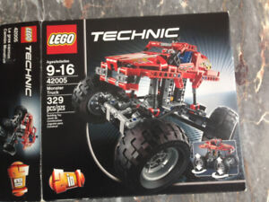 LEGO Technic 42005 Monster Truck Two in One