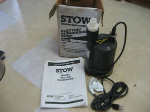 Pompe Submersible / Submersible Sump Pump STOW (BRAN NEW)