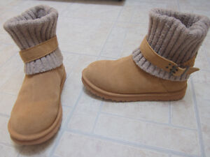 UGG boots S/N 1003175