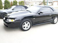95 Mustang GT Convertible 5.0 HO,AT,GPS,Bluetooth,loaded