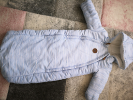 Baby body suit in blue