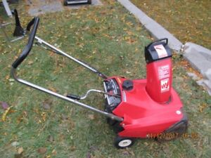 Honda HS 35 Snowblower