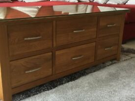 Beautiful Brooklyn Oak 6 drawer table