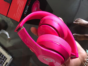 Hot Pink Beats Solo 2 Windsor Region Ontario image 3