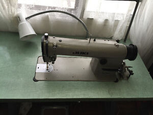 Industrial Sewing Machine For Sale (Juki)