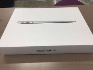 "Mac Book Air 11"" for Sale"