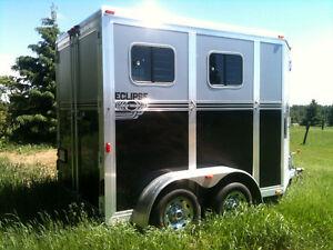 Trailer bumper, 2 chevaux slant, à louer