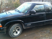 2003 Chevrolet S-10 ls Pickup Truck Priced to sell!! MOVING!!