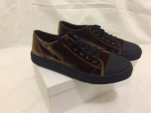Marc Jacobs Sneakers Brown/Bronze Size 12