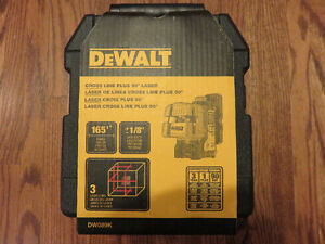 DeWalt DW089K Laser Level (brand new in the case and never used)