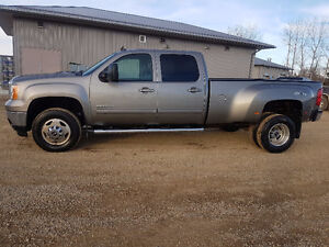 REDUCED PRICE 2014 GMC SIERRA DULLY 3500