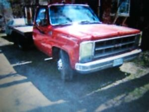 1975 GMC 3500 CAB CHASSIS DUALLY FLAT DECK DUMP
