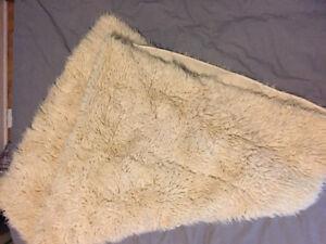 Couverture shag en laine - Shaggy wool blanket
