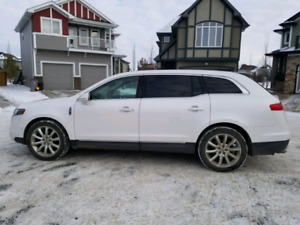 2010 Lincoln MKT -- 3.7L V6 (270hp) SELL OR TRADE