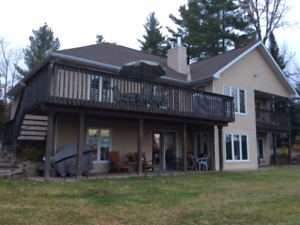 2-bdrm ground-level apartment on Madawaska River in Arnprior