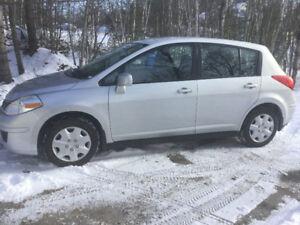 2008 Nissan Versa Hatchback, Quebec safety, low km, $3600 firm