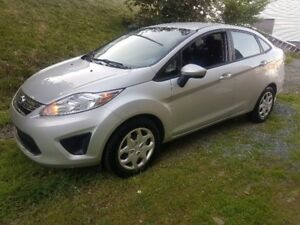 Very Nice 2012 Fiesta SE 4dr. Auto, Air, Loaded, New MVI