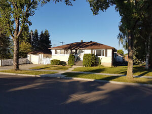 House for Rent in Woodcroft (Westmount Area)