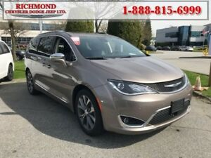 2017 Chrysler Pacifica Limited  - Navigation -  Leather Seats