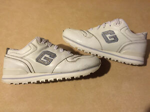 Women's Guess Sport Shoes Size 9 London Ontario image 1